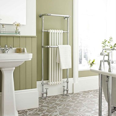 DQ Heating Old Buckenham Floor Mounted Luxury Traditional Heated Towel Rail
